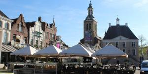 Terras op de markt