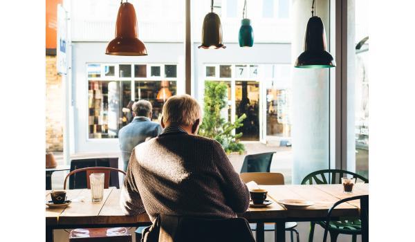 Ontmoeten en verbinden, de sleutel tegen eenzaamheid